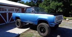 Mopar Truck Of The Month - 2000 Dodge Dakota 4x4