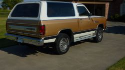 1987 Dodge Ramcharger 1