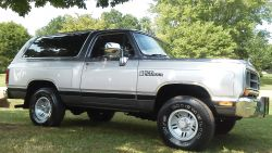1989 Dodge Ramcharger 2